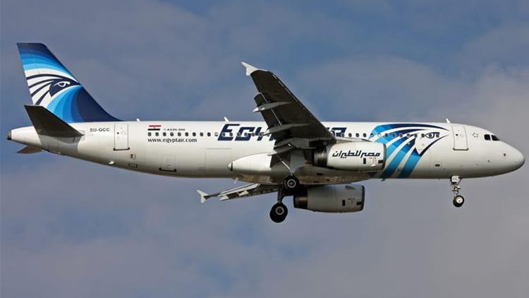 """I parenti delle vittime del volo EgyptAir 804 portano Apple in tribunale: """"incidente causato da un device Apple"""""""