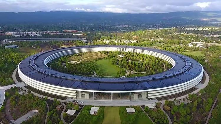 Apple Park: Ecco il progetto di Steve Jobs completamente ultimato in un video!