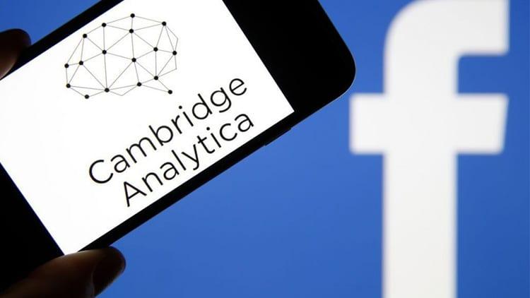 Cambridge Analytica chiude dopo lo scandalo dei dati che ha travolto Facebook