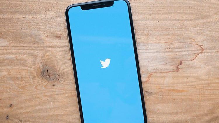 """Twitter testa un nuovo toggle rapido per abilitare il """"Risparmio Dati"""" su iOS"""
