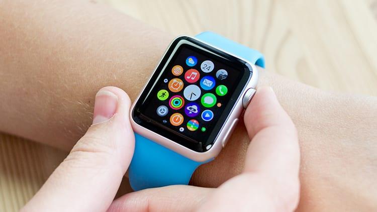 """Apple deposita un brevetto per la modalità """"always on"""" su Apple Watch"""
