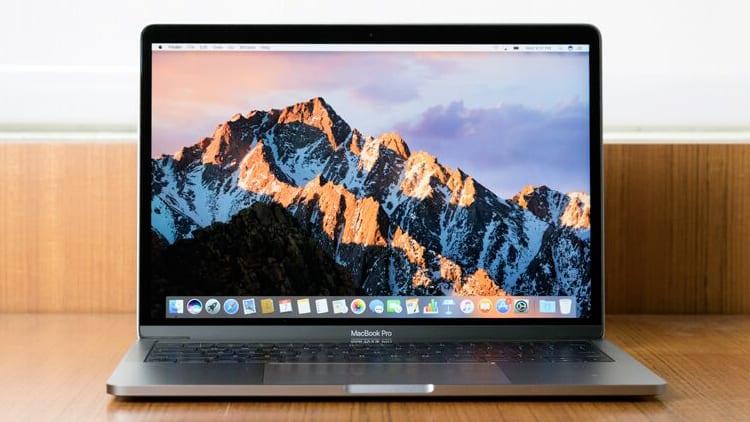 Apple riconosce un problema di alcuni MacBook Pro 13″ del 2017 e avvia uno specifico programma di riparazione
