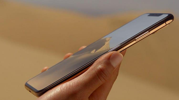Quest'anno un iPhone costa fino a 1.689€. Dove arriveremo? Discutiamone insieme!