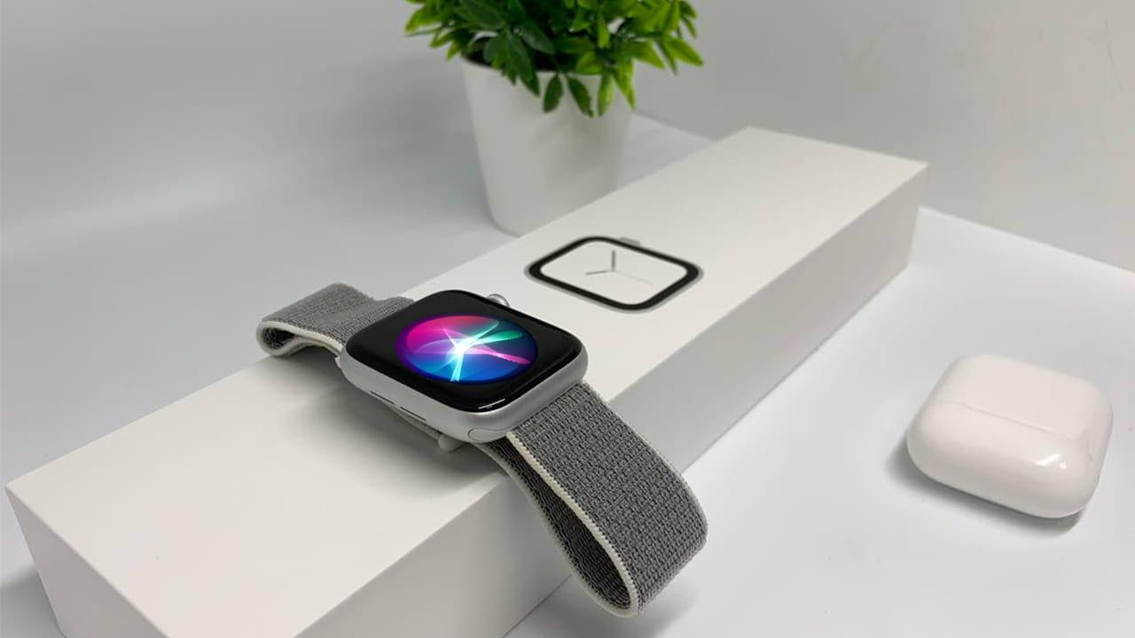 """Come attivare la funzione """"Alza per parlare"""" che consente di attivare Siri senza il comando """"Ehi Siri"""""""