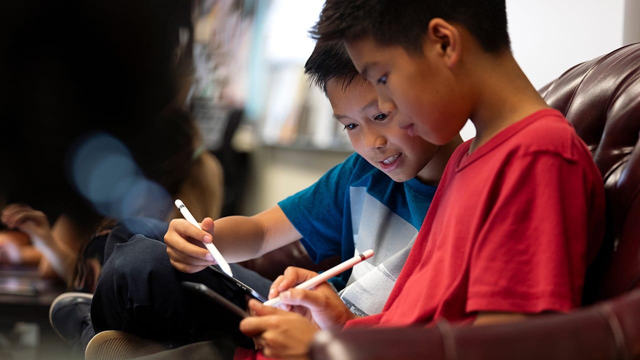 Apple lancia Everyone Can Create: una serie di Guide per liberare la creatività dei più piccoli