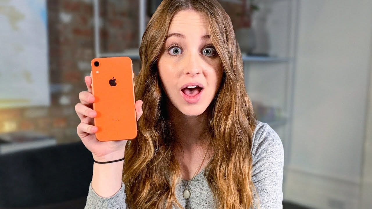 iPhone XR: arrivano le prime recensioni su YouTube [Video]