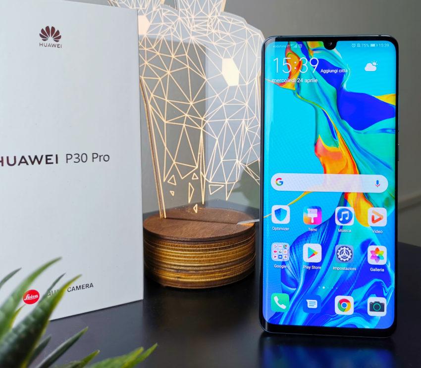 Huawei P30 Pro front